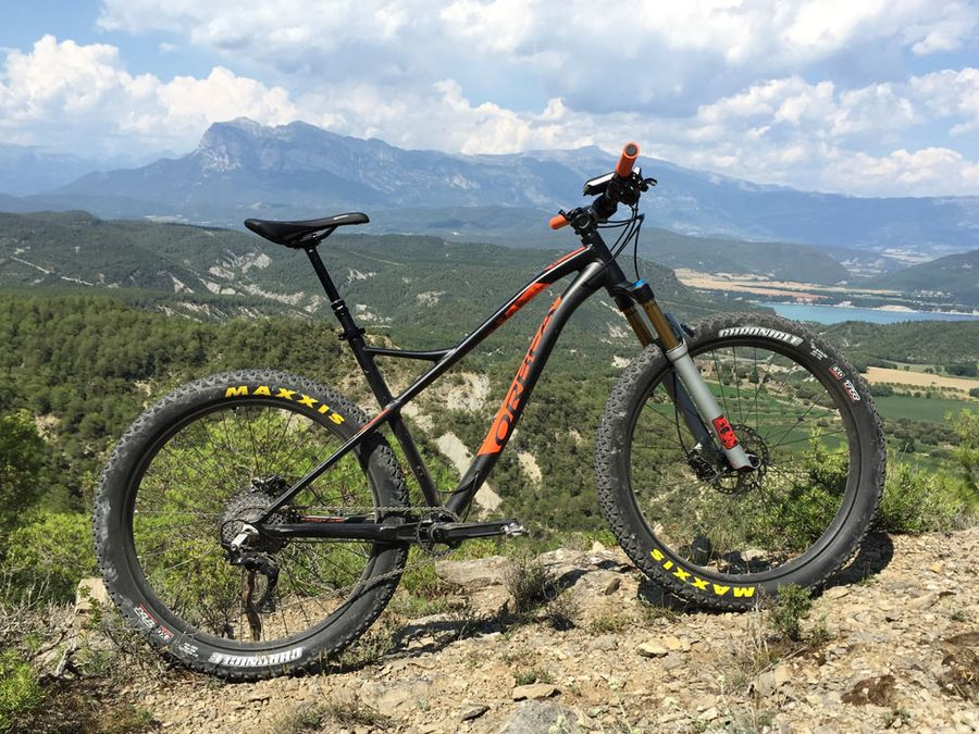 2016 Orbea Loki trail hardtail 275plus or 29er mountain bike01